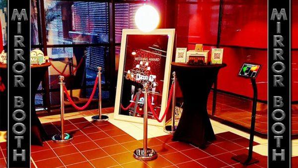 mirror photo booth rental in orlando, Florida