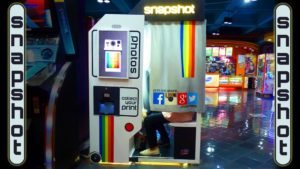 Snapshot 2 Photo Booth in Orlando Florida
